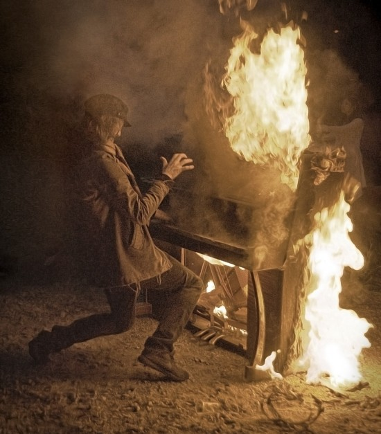 Jimmy Bussenius and a burning piano